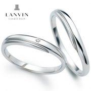 ブルーサファイアが指輪の内側で幸せを祈るLANVIN~ランバン~