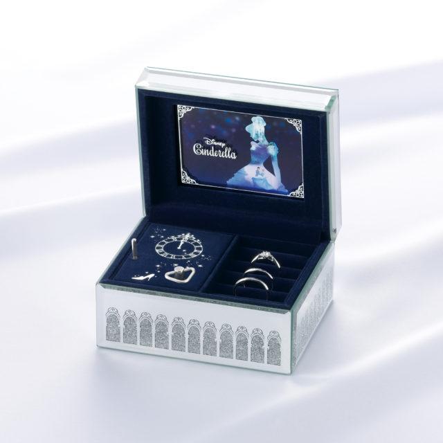 ディズニーシンデレラ ブリリアント・マジック 婚約指輪(2020年期間数量限定モデル)
