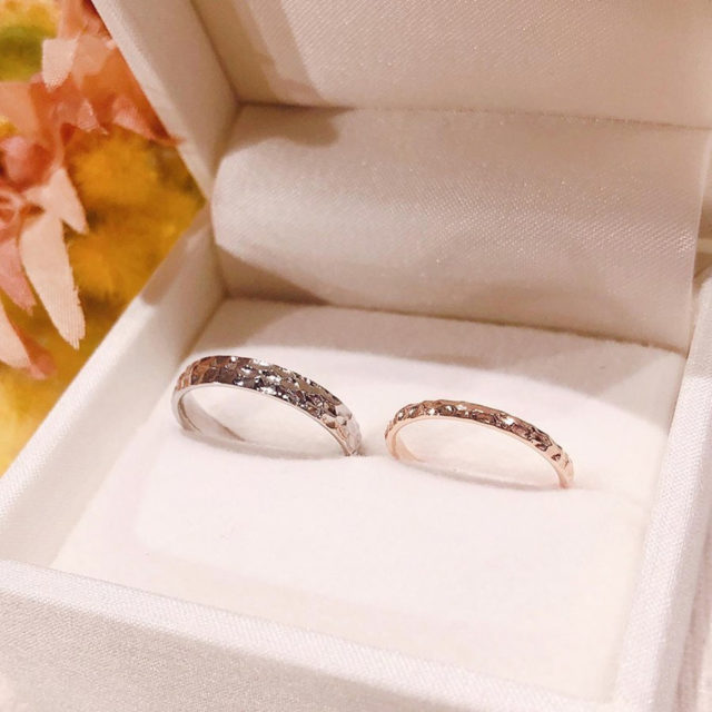 ケース入り結婚指輪画像 AMOUR AMULET - CALMER [カルメ]
