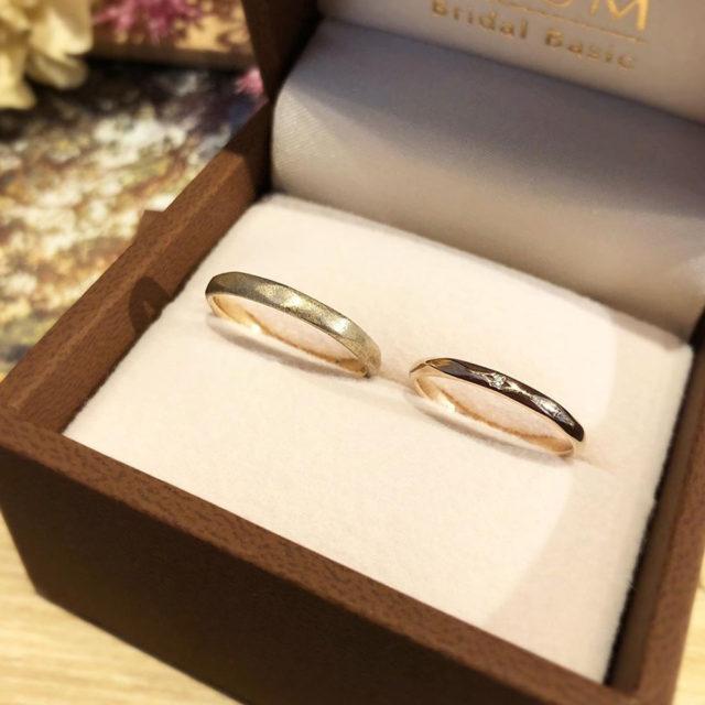 ケース入り結婚指輪画像 - BAUM CAMELLIA [カメリア]