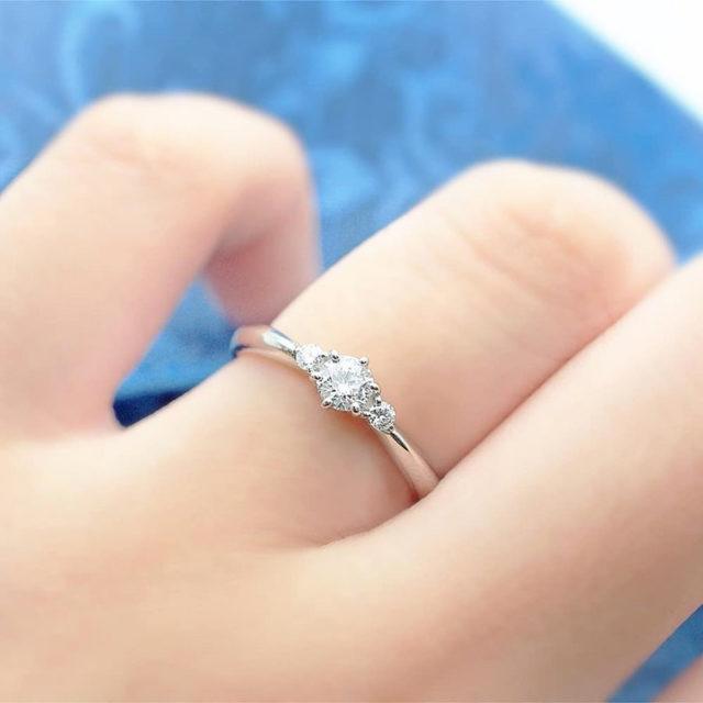 着画イメージ画像 - Something Blue Aither - Hopeful/ ホープフル SHE002 婚約指輪