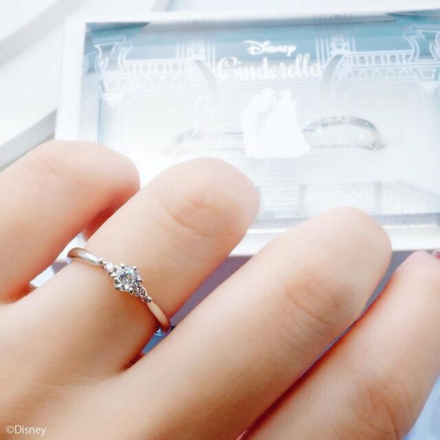 ディズニーシンデレラ-パンプキン・キャリッジ-インスタ画像-婚約指輪-着画